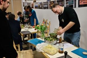 Przygotowanie kolacji – warsztaty pracy zespołowej